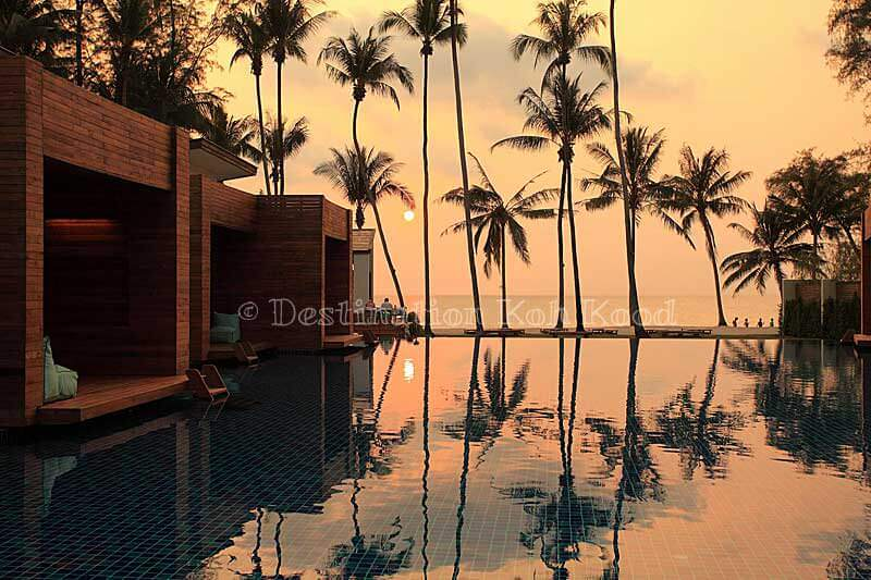 07_wendy-the-pool-resort