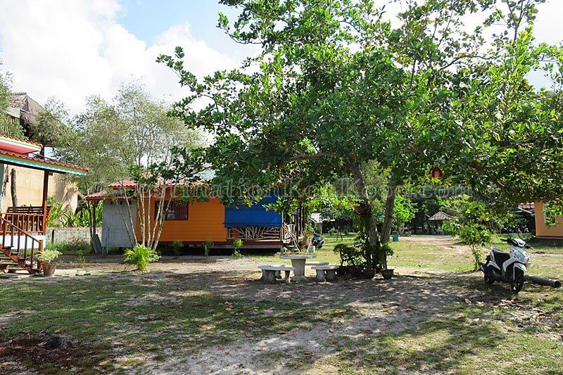 Garden - Jee Jee Cottage