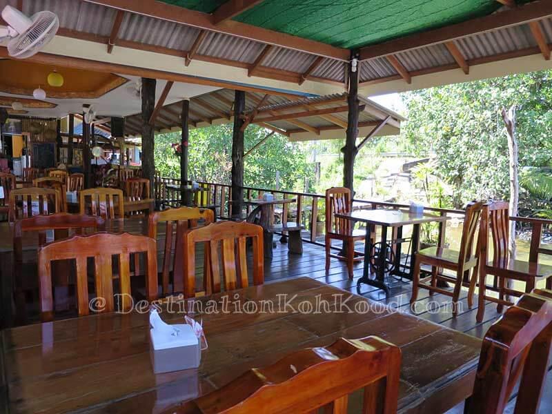 Restaurant - Mark House Bungalow