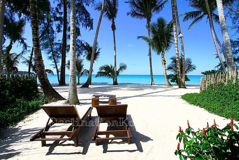 Beach Front Villa with private beach - Tinkerbell Resort