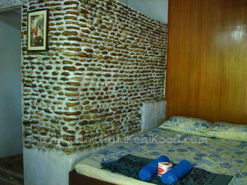Homestay Room - Doy Guest House