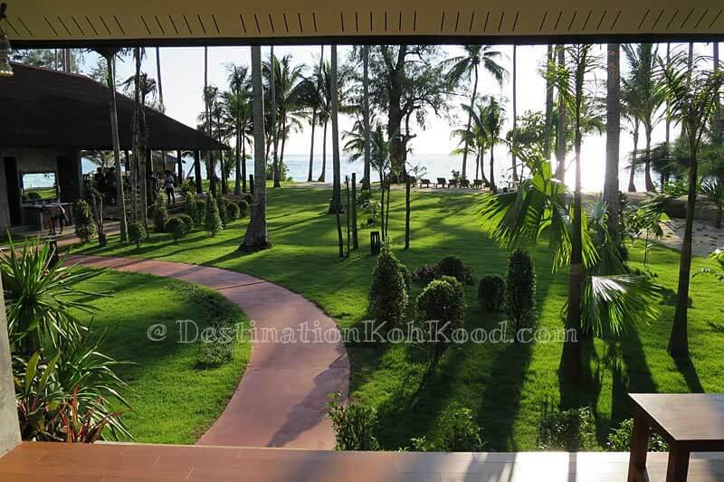 View from Beachfront Cottage - Medee Resort
