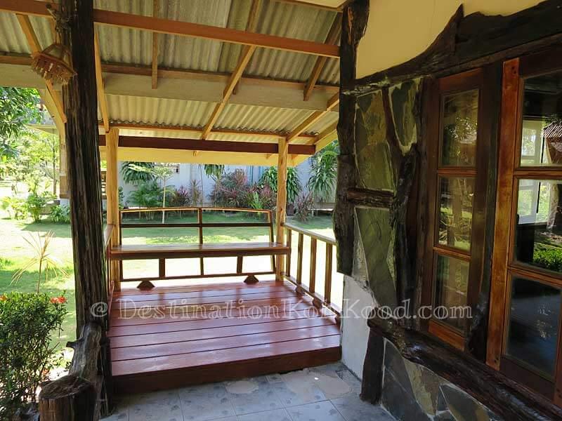 Garden Bungalow - Mark House Bungalow