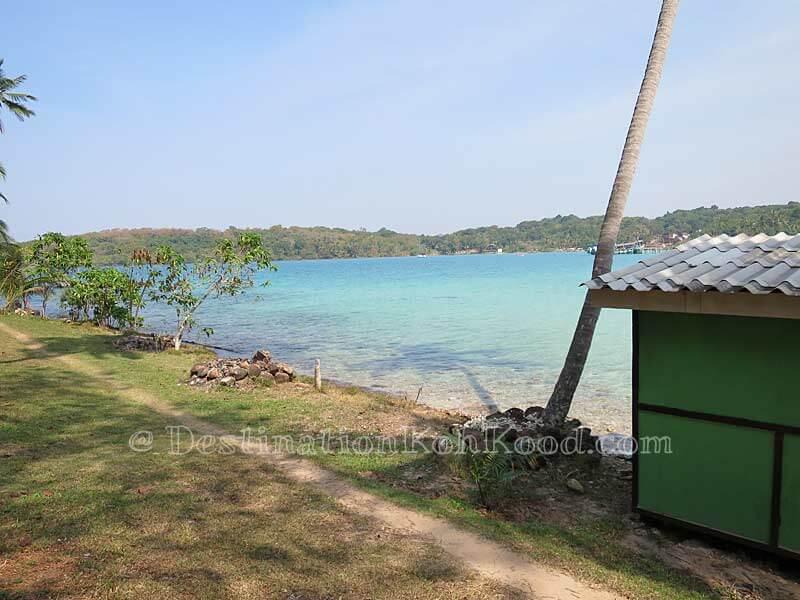 Bamboo Sea Hut - Sand and Sea
