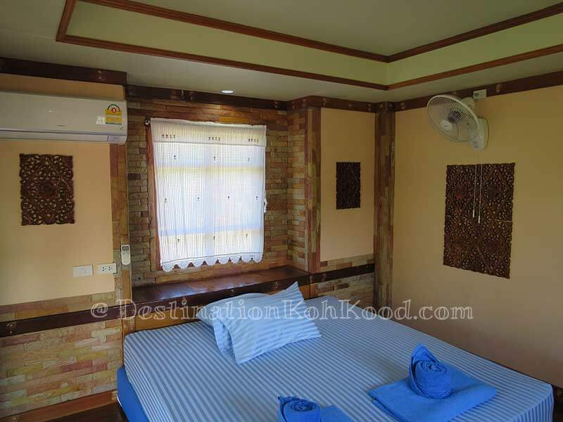 Garden Room - Mark House Bungalow