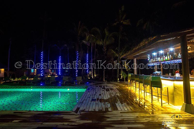 Swimming Pool | Cocktail Bar - Jungle Koh Kood Resort